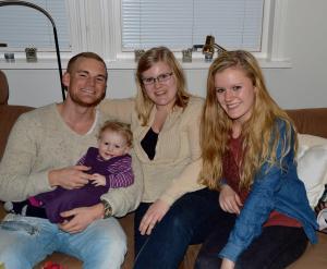 Barna - Andreas, Julie og caroline, og minste barnebarnet Ingrid på 1 år. Mars- 2013